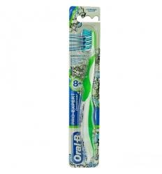 Oral B spazzolino pro-expert crossaction 8+ anni morbido